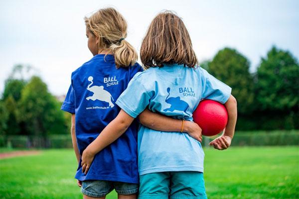 kids participate in sports