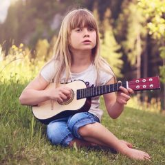 What You Can Do to Help Your Kid Learn Guitar