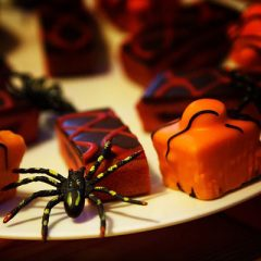 Easy Halloween Snack Pack Pudding Treats