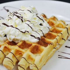 Sweet Banana Honey Waffle Granola Mix